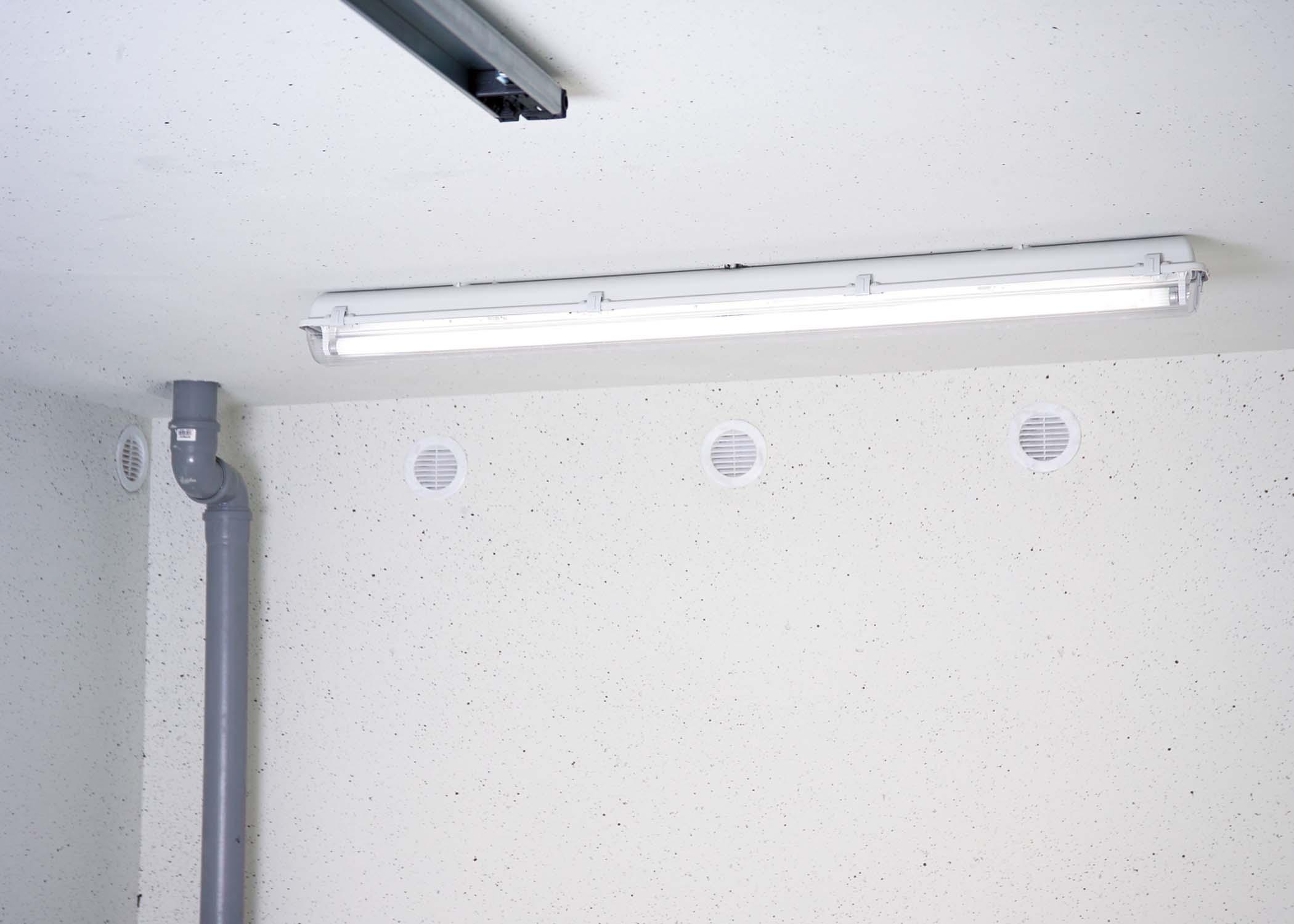 Ausstattung Licht Garage